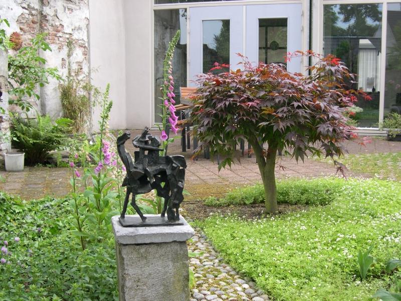 Stadstuin In Zaltbommel : Atelier en tuin maria van gerwen
