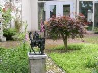 57-beelden-in-de-tuin
