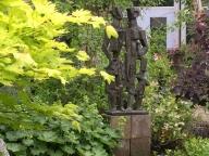 61-beelden-in-de-tuin
